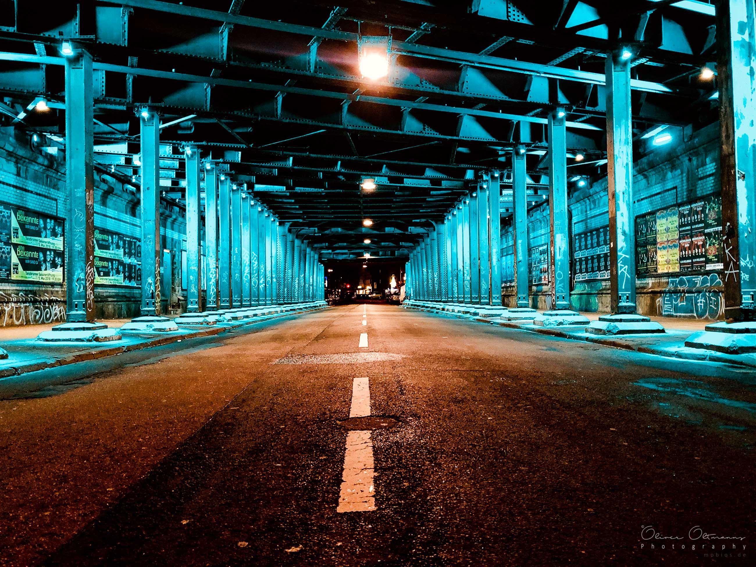 Köln Hansaring Unterführung bei Nacht